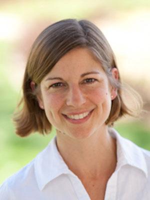 Lenora Lemke - Graduate Psychotherapist at The Jonas Center